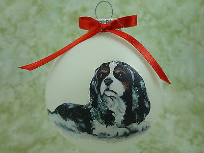 D053 Hand-made Christmas Ornament dog - Cavalier King Charles Spaniel - tri lay