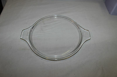 .Pyrex 475C clear glass casserole dish lid. No chips or cracks.