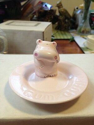 """""""Papel """" Pink Hippo Chewing Gum Guard - Made In Japan"""