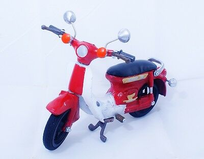 Antique Collectible Vintage Honda Super Cub C70 Motorcycle Miniature
