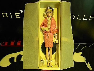 Barbie collector GOLD label PREFERABLY PINK, Silkstone body.MINT in box !