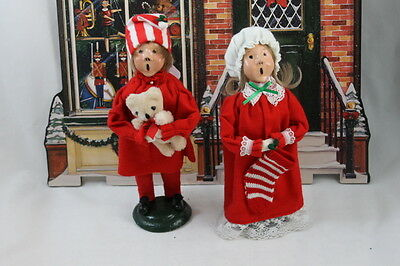 BYERS CHOICE Carolers Child in Pajamas ~ 1985 Boy and Girl Stocking Teddy Bear