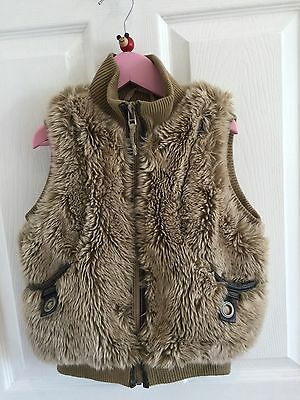 Next Furry Gilet Body Warmer Age 5-6 Taupe Excellent Condition FREE P&P