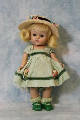 "8"" Vogue Kinder Crowd Series Ginny #125 1950-195 Painted Lash Strung Medford Tag"