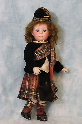 """10"""" Antique Gebruder Heubach 1246 pouty Character w. All Orig Scots costume Doll"""
