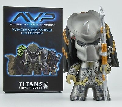 Alien Vs Predator Whoever Wins Collection Mini-Figure - Scar Masked