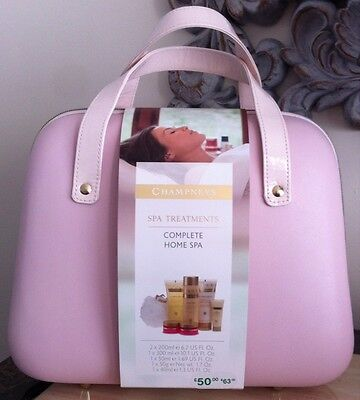 Champneys Complete Home Spa Bath and Bodycare Kit In A Vanity Case RRP:£50 BNWT