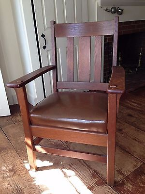 Lovely Antique Solid Oak Mission Style Arm Chair