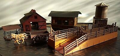 Toy Farm Buildings and houses 8 pieces