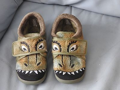 Clarks Dinosaur Slippers Junior Size 11.5 Once Worn Only Great For Xmas