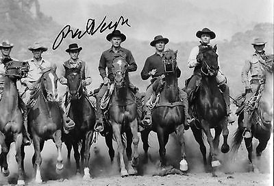 robert vaughn actor in the Magnificent 7 signed 12x8 photo