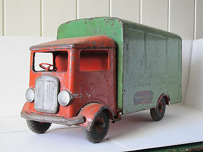 Vintage TRIANG LORRY TRUCK TRANSPORT VAN TRI-ANG TOYS Tinplate Toy