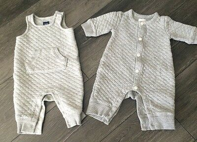 Lot Of 2 Baby Gap Gray Quilted Layette Outfits Size 0-3 Months Boy Or Girl