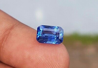 4.08TCW Natural Ceylon Earth Mined  Loose Gem Stone Blue Sapphire With Video.