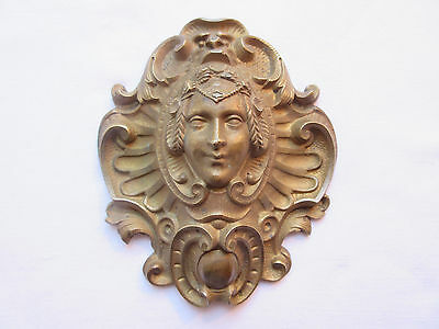 bronze pediment Napoleon III carved an antique woman to hide the nail of a frame
