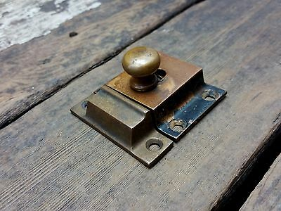 VTG Old Antique RUSTIC Cast BRASS Cabinet Cupboard Pull Knob Latch Catch /