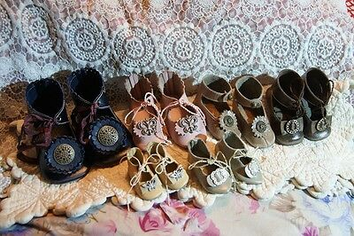 6 pairs beautiful leather shoes for German or French antique doll
