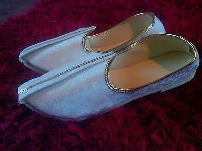Mens indian size 7 white and gold khussas