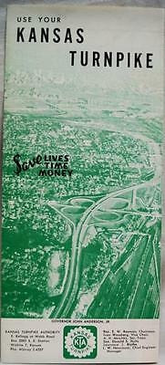 KANSAS TURNPIKE HIGHWAY SOUVENIR INFORMATIONAL BROCHURE EARLY 1960s VINTAGE