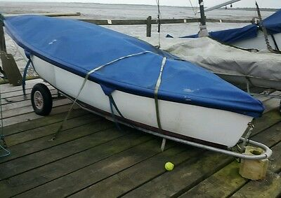 bailey 1 design sailing boat dinghy rowing spinnaker and mirror racing sails