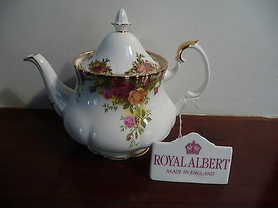 Royal Albert Vintage OLD COUNTRY ROSES MEDIUM TEAPOT 5-6 CUP  Good Condition