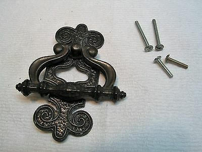 Vintage Large Ornate Draw Pull Handle with 2 sets mounting screws.