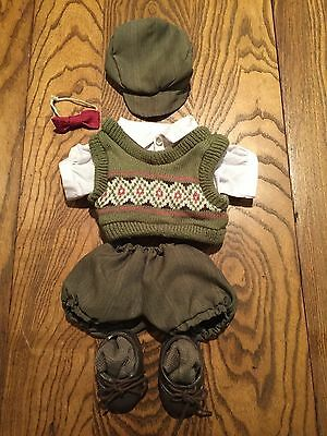 An adorable Tender Heart Treasure 'HITTING THE LINKS golf outfit (9 pieces)