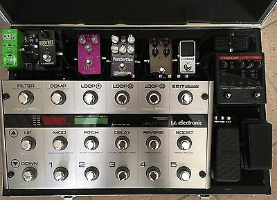 Pedaliera assemblata TC ELECTRONIC HELICON DUNLOP XVIVE LAVA CABLE WAMPLER SUHR