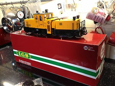 Lgb 20670 Track Cleaning Loco with fitted decoder
