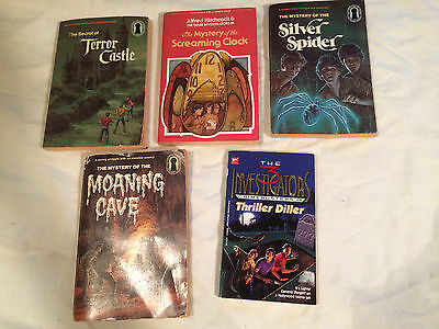 Lot 5 Hitchcock THREE INVESTIGATORS Moaning Cave SILVER SPIDER Crimebusters