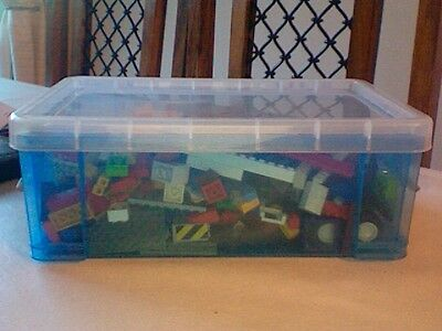10 Mixed boxes of 1kg lego with Free box and washed