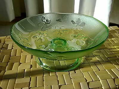 Stunning Vintage Italy Glass pedestal Centre Bowl 1930s