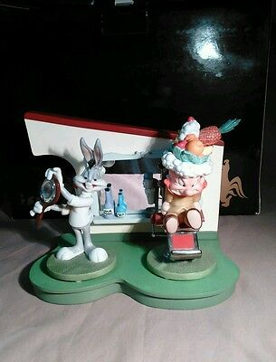 Goebel Looney Tunes Rabbit Of Seville Barber Shop Scape - Hare Do & Bad Hare Day