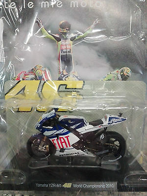 Valentino Rossi Collection Yamaha Yzr-M1 (2010) Scala 1:18 #23