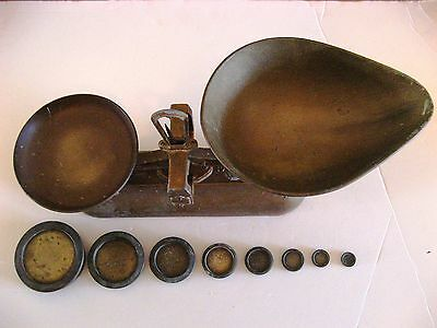 Vintage Used Avery Scales Up To 2Lb  With 8 Imperial Weights (  Kitchen / Shop )