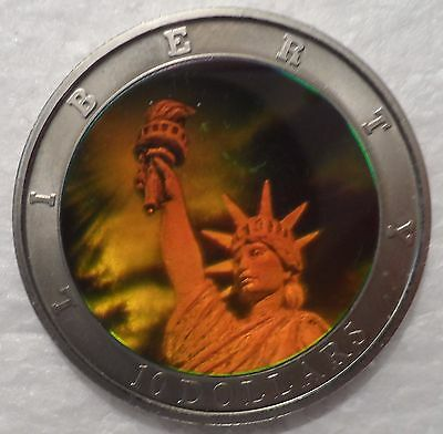 LIBERIA 2000 $10 DOLLARS STATUE OF LIBERTY HOLOGRAM HOLOGRAPHIC 40mm