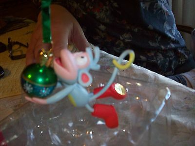 Dora The Explorer  Merry Christmas Boots   Ornament    4 inches    New