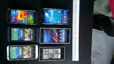Joblot of 9 ex-Display Dummy non-working replica phones in used condition