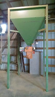 JEM ESP Pellets, Feed Bagger With Digital Weight Control With Hopper