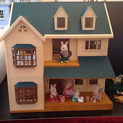 Sylvanian Families House On The Hill Dolls House Green