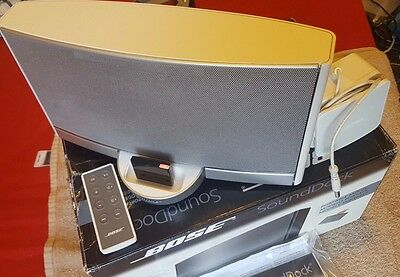 Bose SoundDock Portable With Original Remote & Power Lead and Bluetooth Adapter