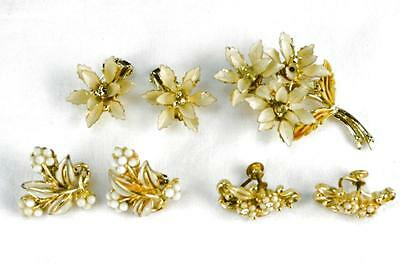 Lot Vintage Lot Enamel 3 Pair White Floral Gold Tone Clip Earrings + Brooch Pin