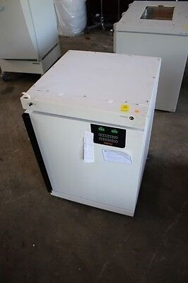 Napco 5400 Model Water-Jacketed CO2 Incubator