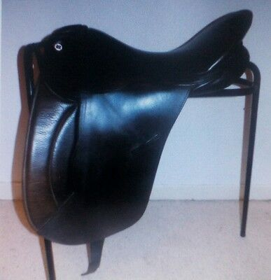 Barnsby dressage saddle