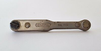 Vintage Reversible Ratcheting Screwdriver - General Hardware Mfg.