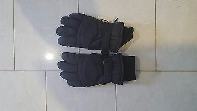 Gore Tex Glove Size Med - Large