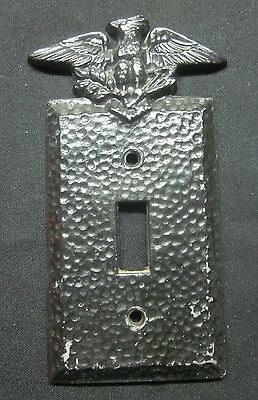 Vintage Rare Metal Novelty Black Hammered Switch Plate Cover Eagle Arrows Branch