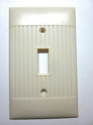 Vintage Ivory Sierra Art Deco Switch Wall Plate Cover Ribbed Bakelite D-1
