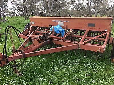 20 Run International 6-2  Combine with small seed box and harrows
