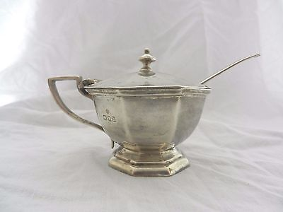 Solid Silver Mustard Pot With Bgl & Spoon, Edward Barnard And Sons 1917.